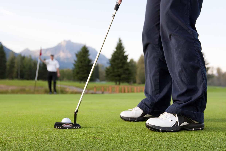 Men's Special Golf Night