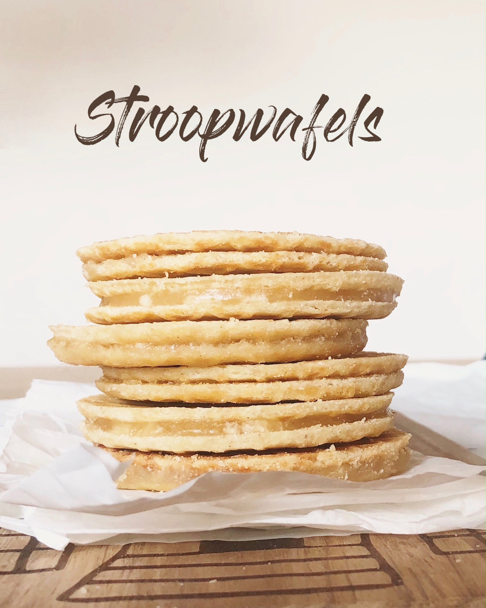 Salted Maple Caramel Stroopwafels - Waffel-Grundrezept und eine Variante mit salzigem Ahornsirup-Karamell