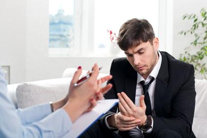 <strong>Erkrankte und chronisch kranke Menschen brauchen professionelle Hilfe.</strong><br /> © alexsokolov - Fotolia.com
