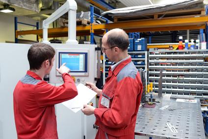 <strong>Studieren Sie jetzt Maschinenbau als Fernstudium.</strong> © industrieblick - Fotolia.com.