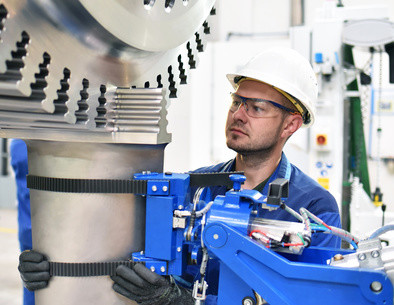 Erlangen Sie mithilfe des Fernstudiengangs Technik in kürzester Zeit den Bachelor of Engineering. © industrieblick - Fotolia.com