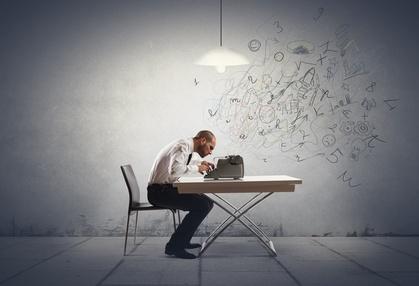 <strong>Der Fernkurs kreatives Schreiben vermittelt Ihnen effektive Techniken, um ihren Schreibfluss zu fördern.</strong><br/>© alphaspirit - Fotolia.com