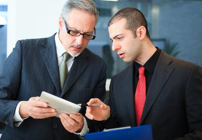 <strong>Der Management-Assistent/in hilft und unterstützt dem Manager bei der Bewältigung von komplexen Aufgaben.</strong><br/>© Minerva Studio - Fotolia.com