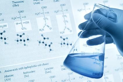 <strong>Klassische Einsatzgebiete des Industriechemikers sind die pharmazeutische und die chemische Industrie</strong><br/>© lily - Fotolia.com