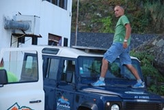 03-Madeira-Expeditions-Osvaldo-Landrover-Defender