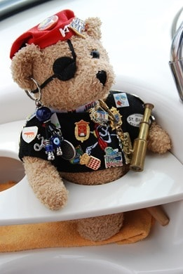 02_Jack-Bearow-Boot-Curacao