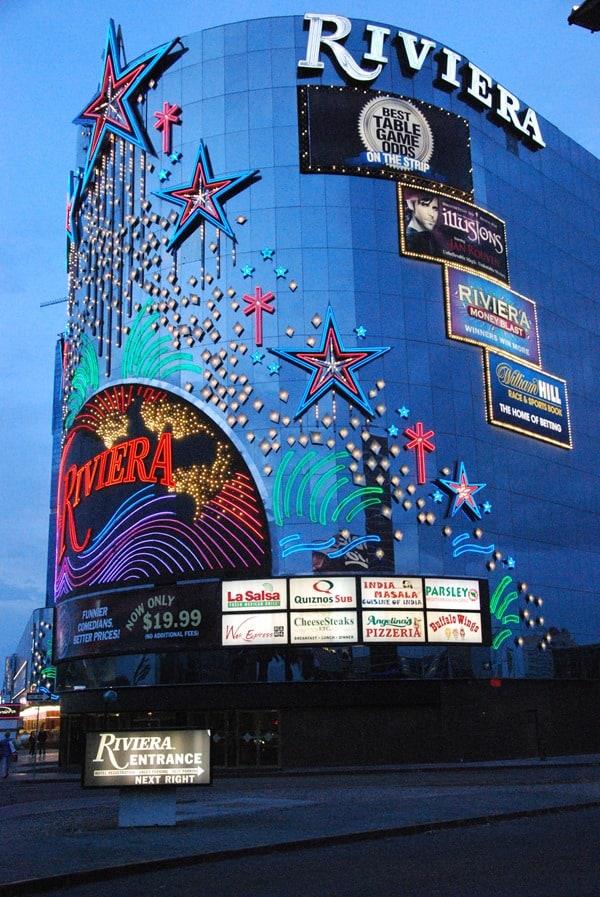 15_Riviera-Las-Vegas