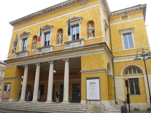11_Theater-Teatro-Alighieri-Ravenna-Emilia-Romagna-Italien