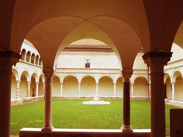 12_Dantes-Museum-Ravenna-Emilia-Romagna-Italien