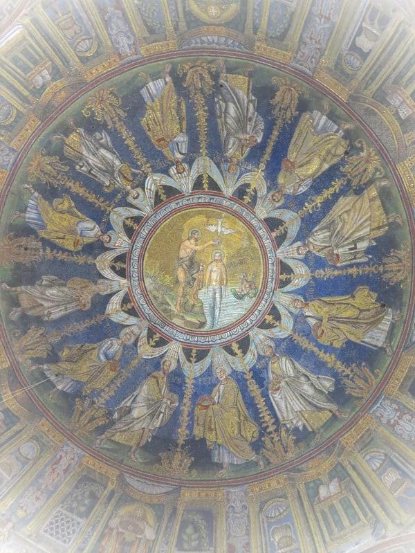 19_Deckenmosaik-Taufkirche-Battistero-Neoniano-Ravenna-Italien
