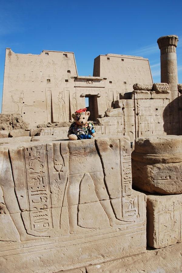 Jack Bearow Horus Tempel von Edfu Pylon Ägypten Nil Nilkreuzfahrt