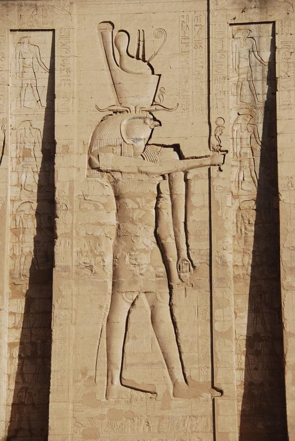 Horus Tempel von Edfu Relief Ägypten Nil Nilkreuzfahrt