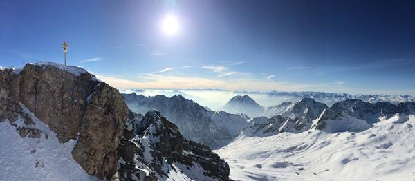 03_Ankunft-Zugspitze-Gipfel-Panorama