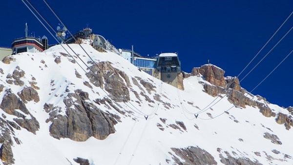 11_Zugspitze-Bergstation-Seilbahn