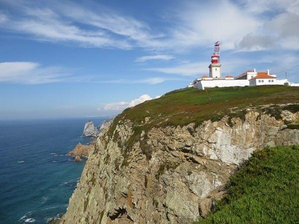 Cabo da Roca westlichster Punkt Europas Leuchtturm Faro Portugal Klippe