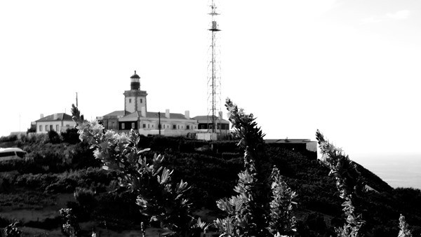Cabo da Roca westlichster Punkt Europas Leuchtturm Portugal schwarz-weiss