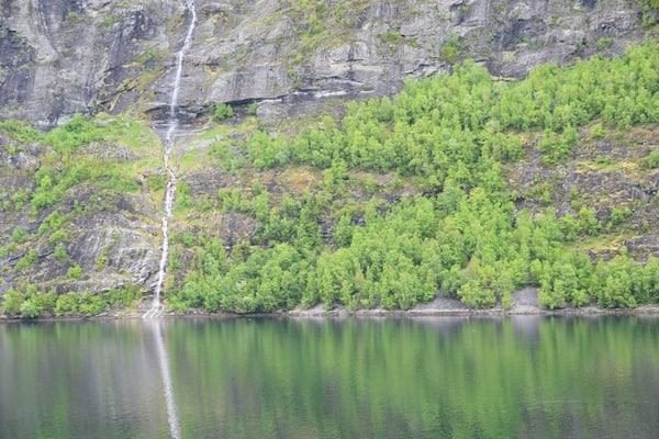 Wasserfall Geirangerfjord Landschaft Norwegen MSC Sinfonia Kreuzfahrt