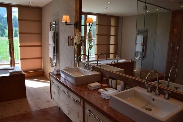 05_Badezimmer-Penthouse-Suite-Kempinski-Hotel-Das-Tirol-Kitzbuehel