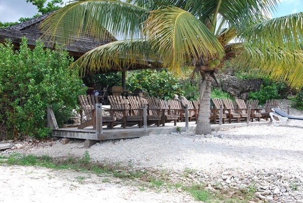 16_Strandbar-am-Playa-Porto-Mari-Beach-Curacao-Karibik-Meer