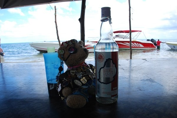 22_Jack-Bearow-Goodwill-Rum-Ile-aux-Benitiers-Mauritius