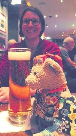 24_Reisebloggerin-Gudrun-Jack-Bearow-Hard-Rock-Cafe-Wien-Oesterreich
