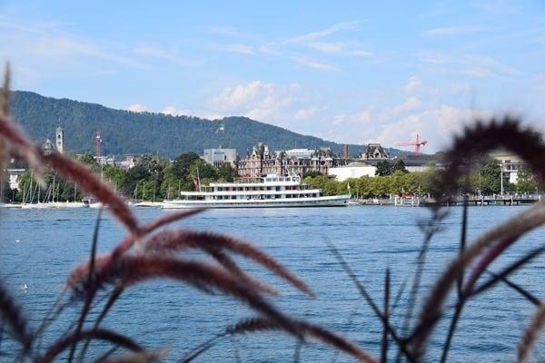 Zürich Sehenswürdigkeiten Schweiz Ausflugsschiff Linth Zürichsee
