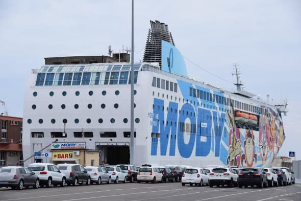 Fähre Sardinien Moby Aki Livorno Olbia Italien