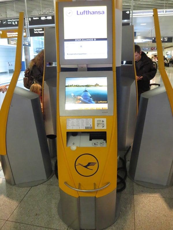 Lufthansa-Checkin-Automat-Flughafen-Muenchen
