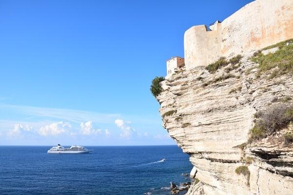 Bonifacio Korsika Kreuzfahrtschiff Seabourn Sojourn Festung Zitadelle Frankreich