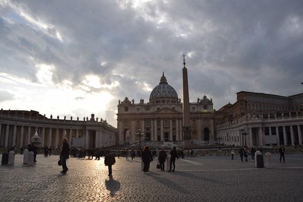 26_Abendstimmung-Petersplatz-Petersdom-Vatikan-City-Rom-Italien