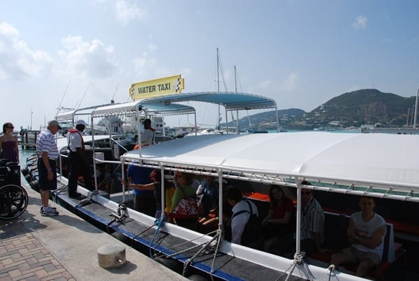 Saint-Martin-Karibik-Wassertaxi
