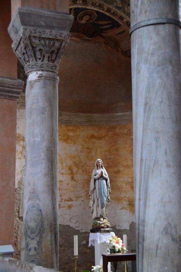 Porec Kroatien Marienstatue Euphrasius Basilika Istrien