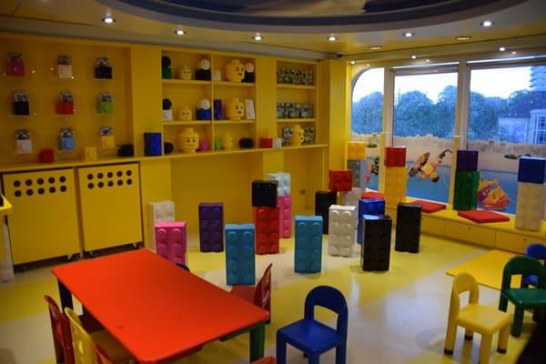 Seetag Kreuzfahrt Kinderbetreuung Lego Junior Club MSC Kreuzfahrtschiff