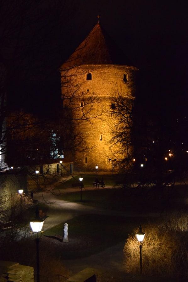 22_mittelalterlicher-Turm-Kiek-in-de-Koek-Stadtmauer-Tallinn-Estland-Baltikum
