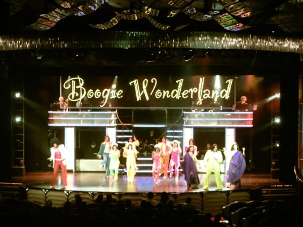 24_Show-Boogie-Wonderland-Theater-Kreuzfahrtschiff-Royal-Caribbean-Vision-of-the-Seas