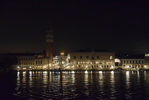25_Ankunft-Markusplatz-Venedig-Italien-nachts-Kreuzfahrt-Vision-of-the-Seas