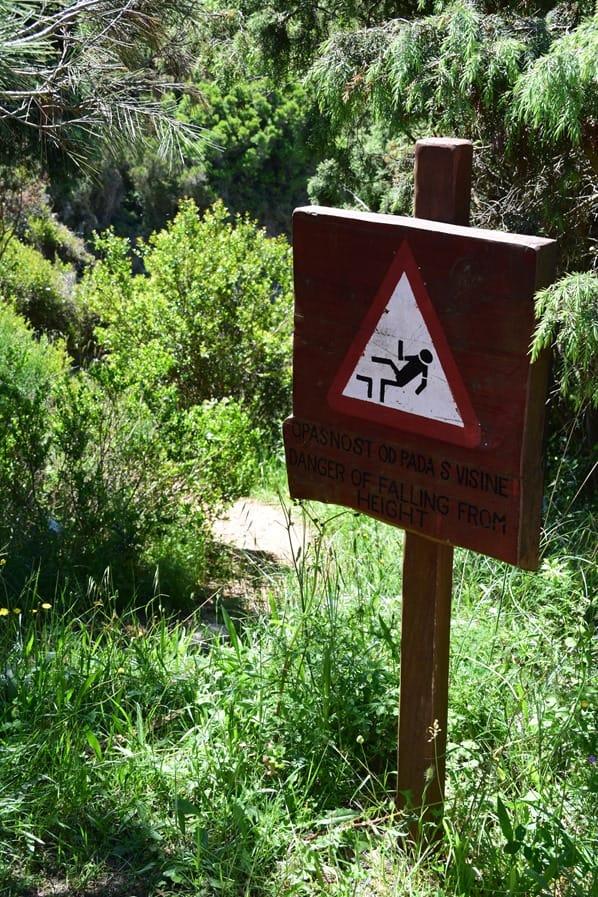 Naturpark Kap Kamenjak Wandern Warnschild Istrien Kroatien