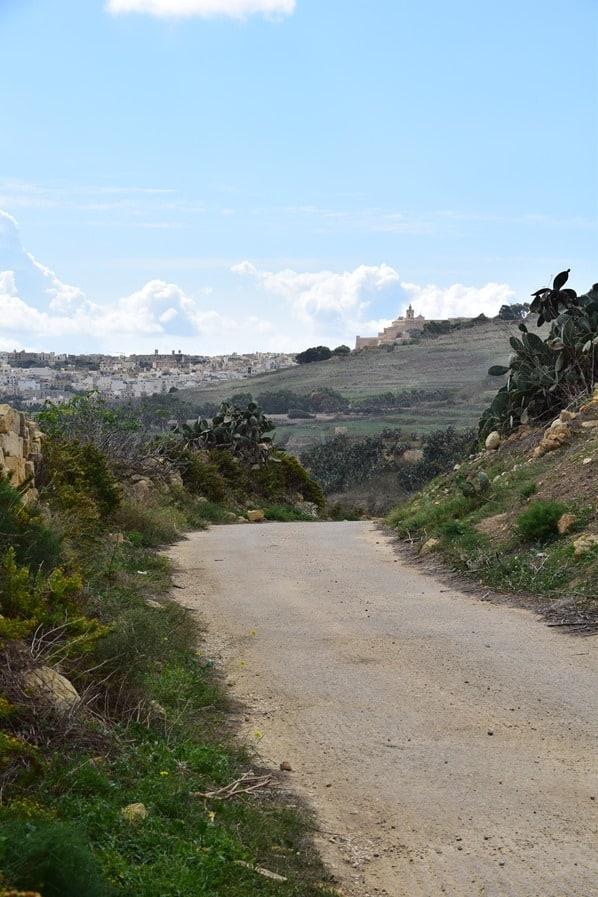 Gozo Malta Wandern Sehenswürdigkeiten Landschaft Wanderweg