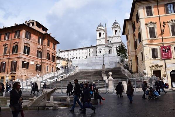 16_Baustelle-Spanische-Treppe-Restaurierung-Rom-Italien