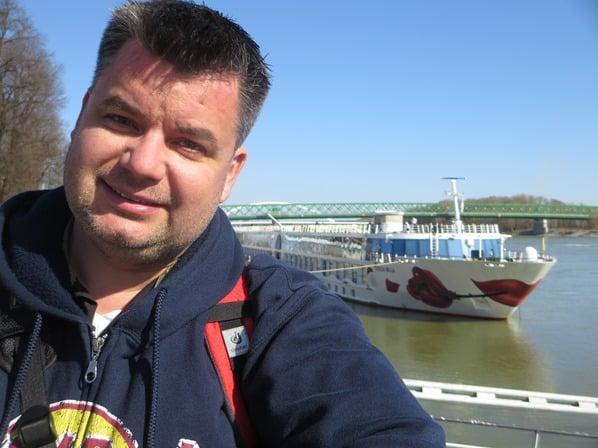 Reiseblogger Kreuzfahrtblogger Daniel Dorfer a-rosa bella Flusskreuzfahrtschiff Donau Kreuzfahrt Bratislava Slowakei schöne Zeit