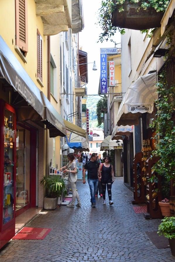 Stresa Lago Maggiore Altstadt Einkaufsstrasse Shoppingmeile Langensee Italien