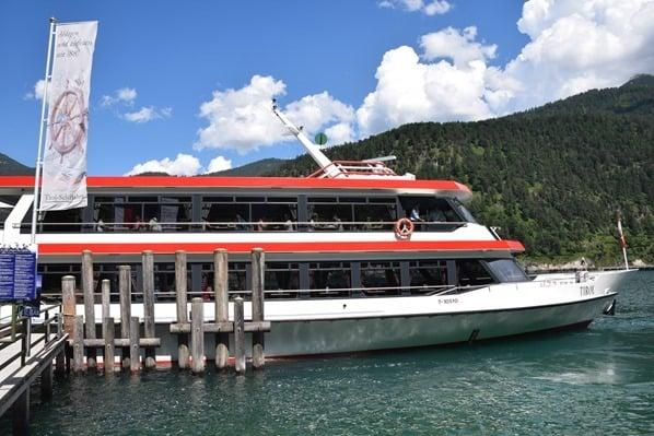 Gaisalm Achensee wandern Bootssteg Ausflugsschiff Tirol Österreich