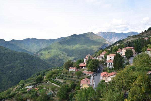 Triora Aussicht Bergdorf Ligurien Alpen Italien