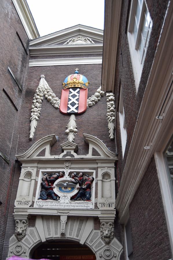 08_a-rosa-Flusskreuzfahrt-Rhein-Sightseeing-Waisenhaus-Amsterdam-Holland-Niederlande