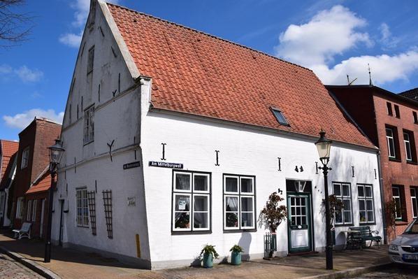 Nordsee Urlaub Das schiefe Haus Friedrichstadt Nordfriesland Schleswig-Holstein Deutschland