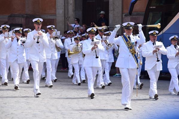 Stockholm Sehenswürdigkeiten Parade Stockholmer Schloss Gamla Stan Königshaus Schweden Ostsee Kreuzfahrt
