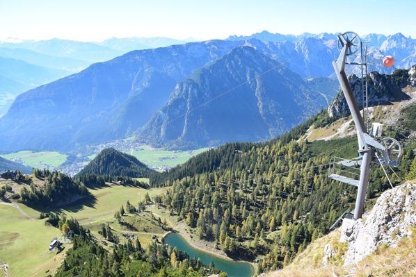 Rofan Achensee wandern Ausblick Aussichtsplattform Adlerhorst Gschöllkopf Tirol Österreich