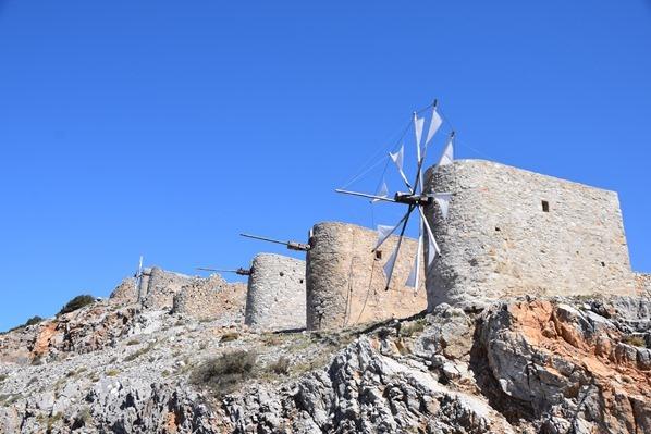 08_Ausflug-Mietwagen-Windmuehlen-Lasithi-Hochebene-Kreta-Griechenland