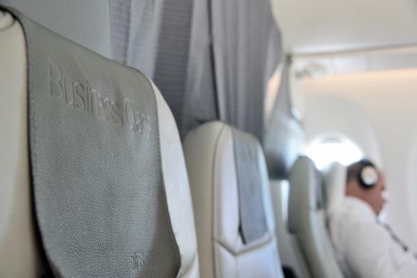 Sitzplatz Business Class AirBaltic Flug München Riga Lettland