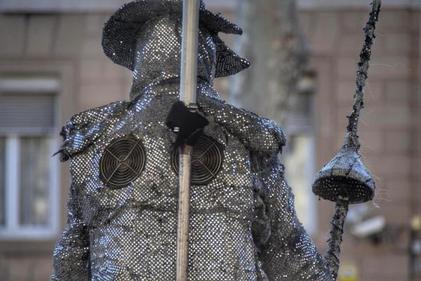 kuehlung lebende statue la rambla barcelona spanien aida familien kreuzfahrt